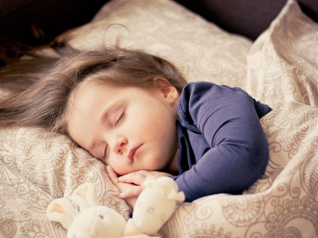 Comment endormir un bébé : notre guide