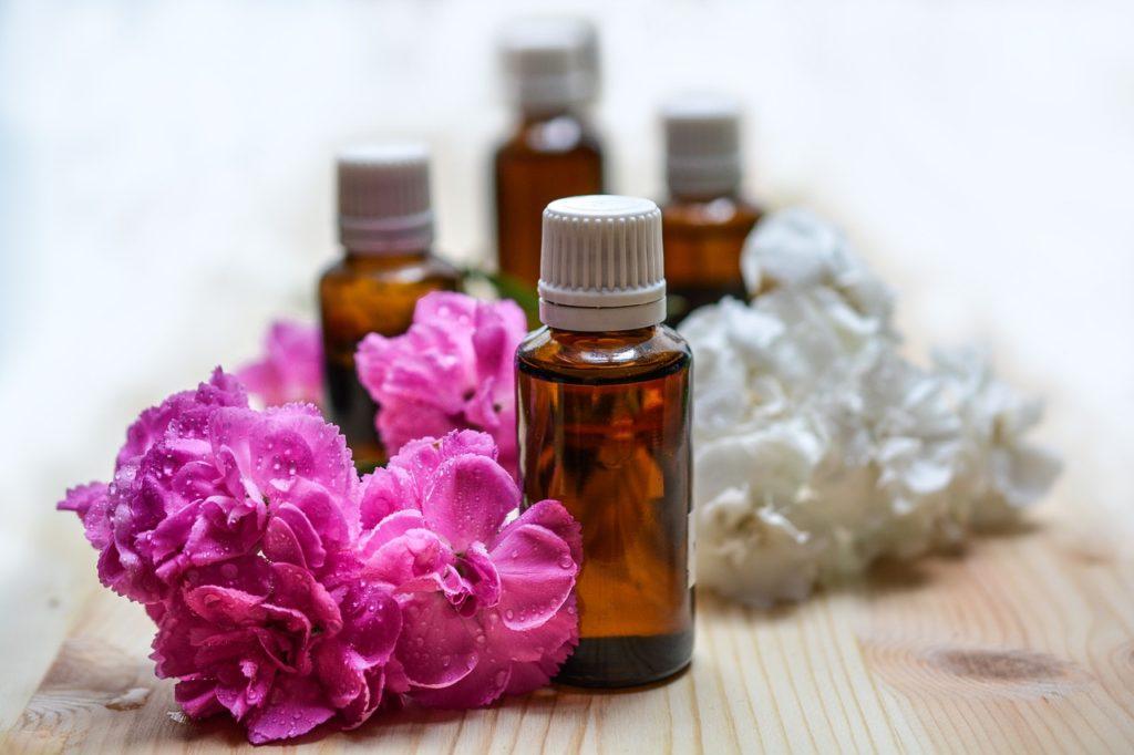 De nombreux remèdes naturels ou médicamenteux sont disponibles pour soigner le rhume chez le bébé et l'enfant