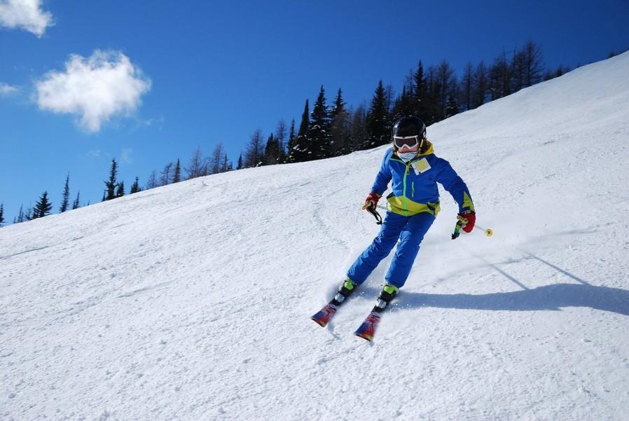 Vêtements de ski pour enfant : comment les choisir ?